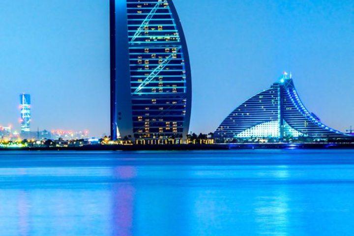 Exotický Dubaj je plný prekvapení: Doobeda pláž, poobede lyžovanie